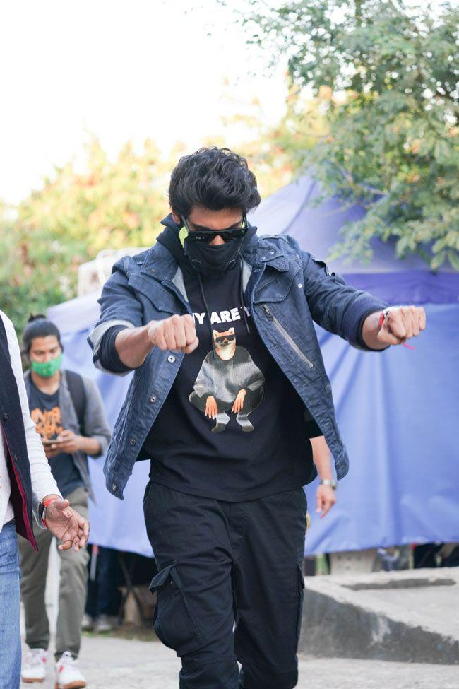 Pictures of Rana Daggubati from the sets of SamJam