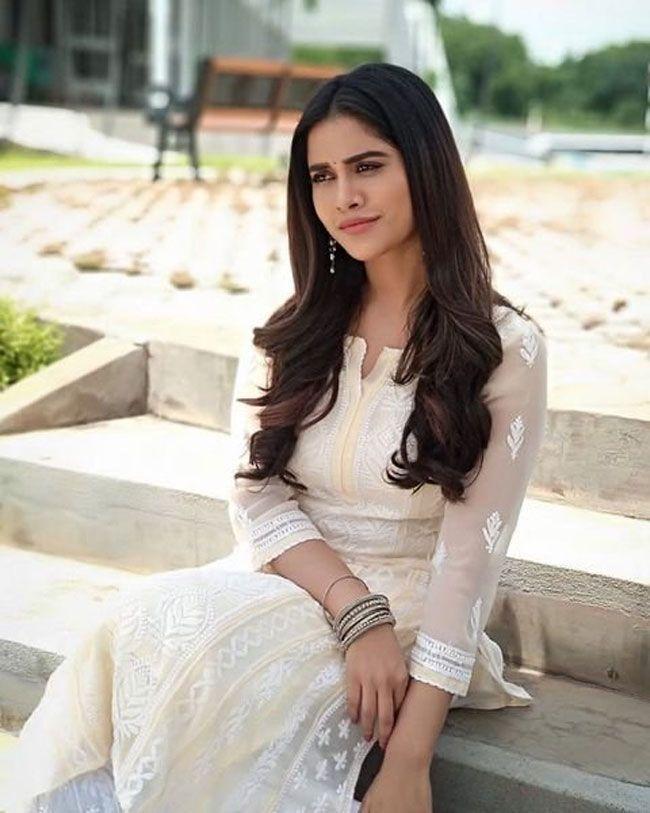 Nabha Natesh Looking Beautiful In Pictures