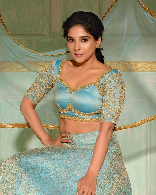 Sakshi Agarwal Adorable Stills