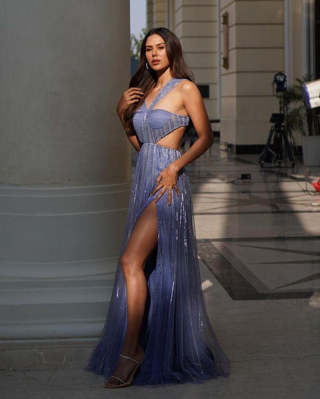Sonam Bajwa Stunning Stills
