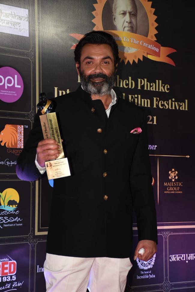 Celebs At Dada Saheb Phalke Awards 2021 Photos