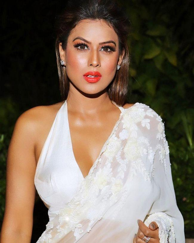 Nia Sharma Elegant Looks