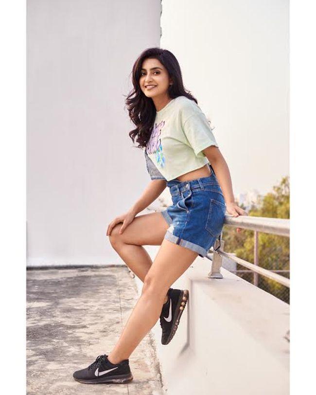 Beautiful Avantika Mishra Photoshoot