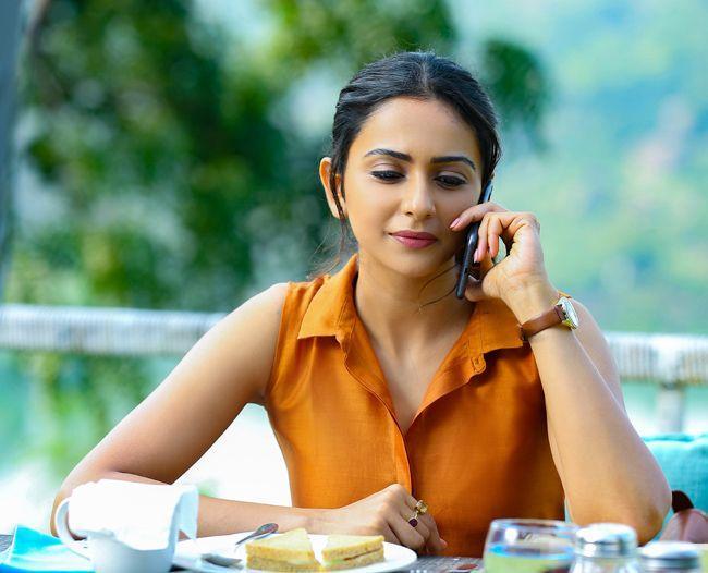 Rakul Preeth Singh Latest Pics