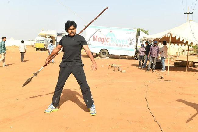 Hari Hara Veeramallu Working stills