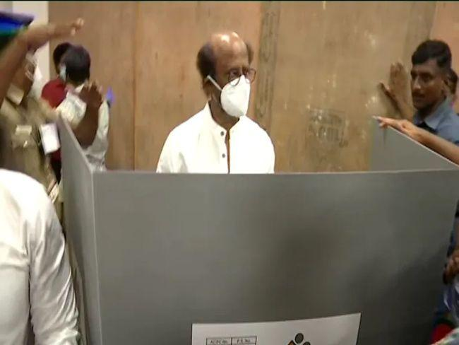 Celebs cast their vote in Tamil Nadu elections