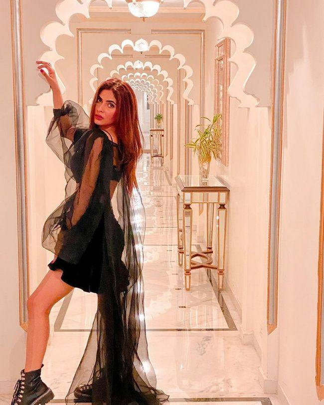 Karishma Sharma Looks Awesome