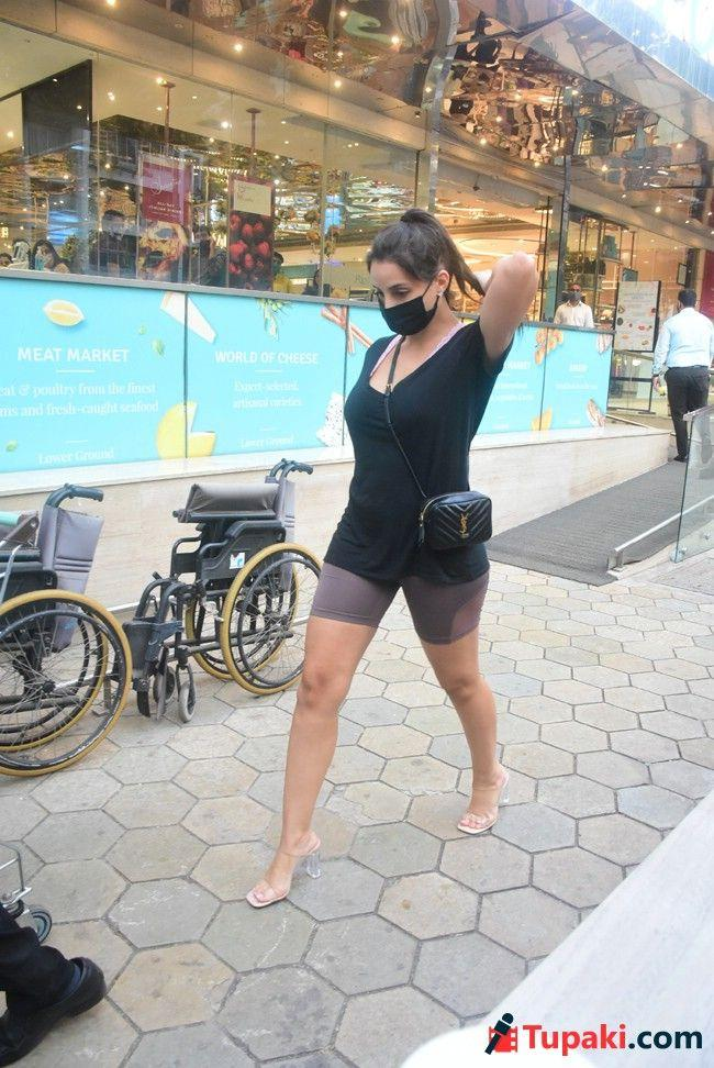 Nora Fatehi Spotted At Foodhall In Bandra