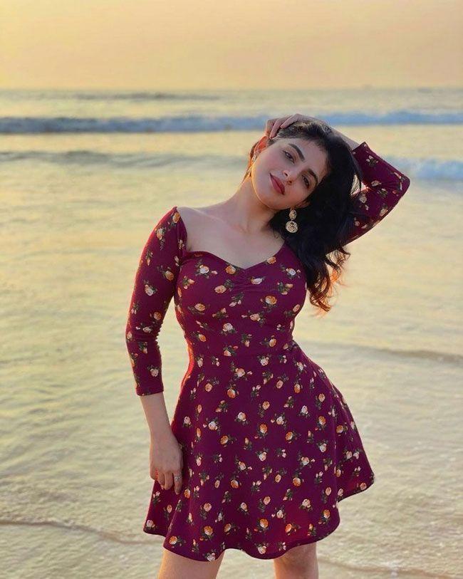 Iswarya Menon New stills