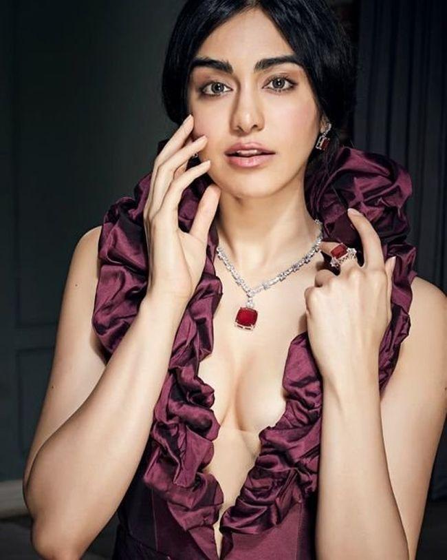 Adah Sharma Looks Stunning