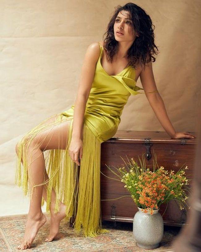 Samantha Akkineni Fascinating Clicks