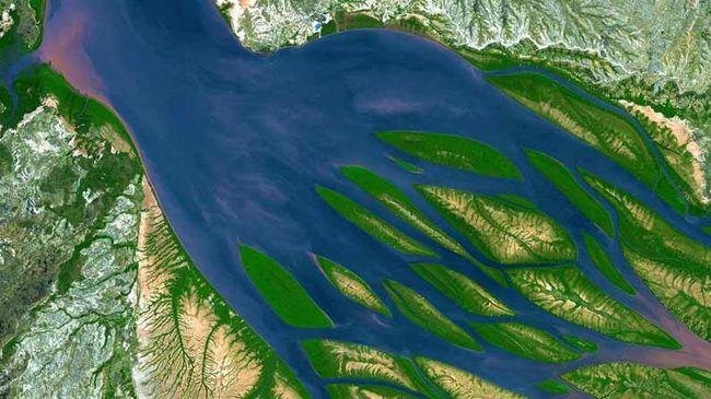 Nasa Shares Stunning Images of Earth