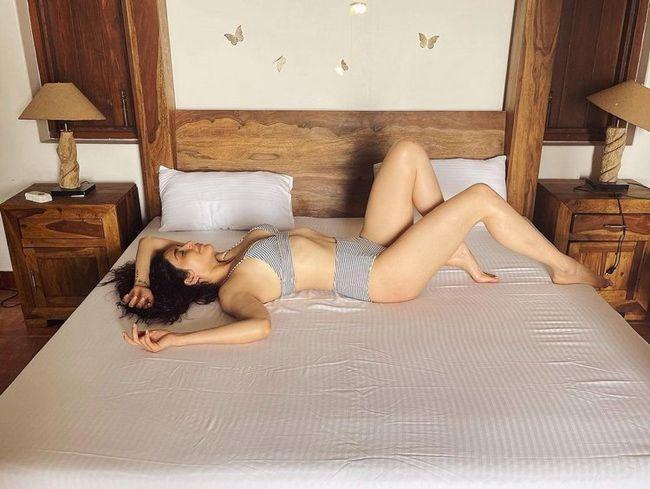 Karishma Tanna Adorable Images