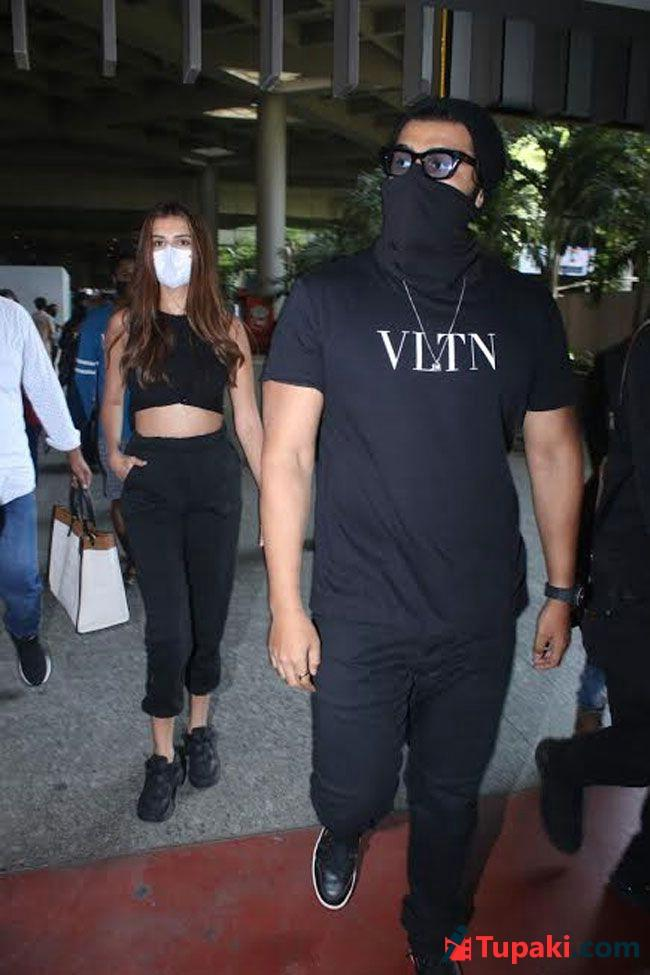 Arjun Kapoor And Tara Sutaria Spotted At Airport Arrival