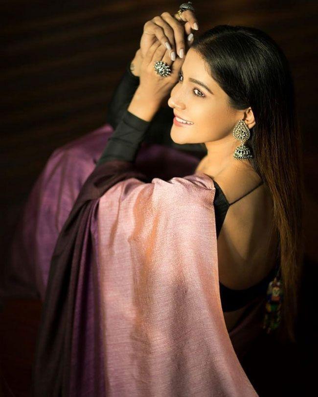 Sakshi Agarwal New Trendy Pics