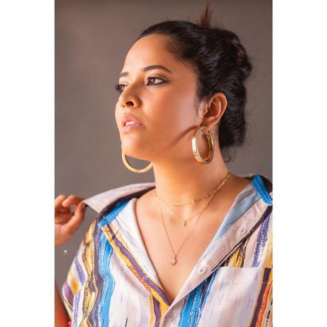 Anasuya Bharadwaj Awesome Looks