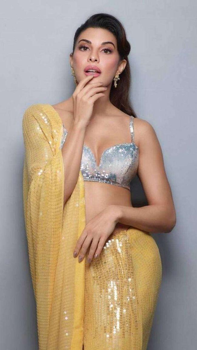 Jacqueline Fernandez Ultra Glam Poses