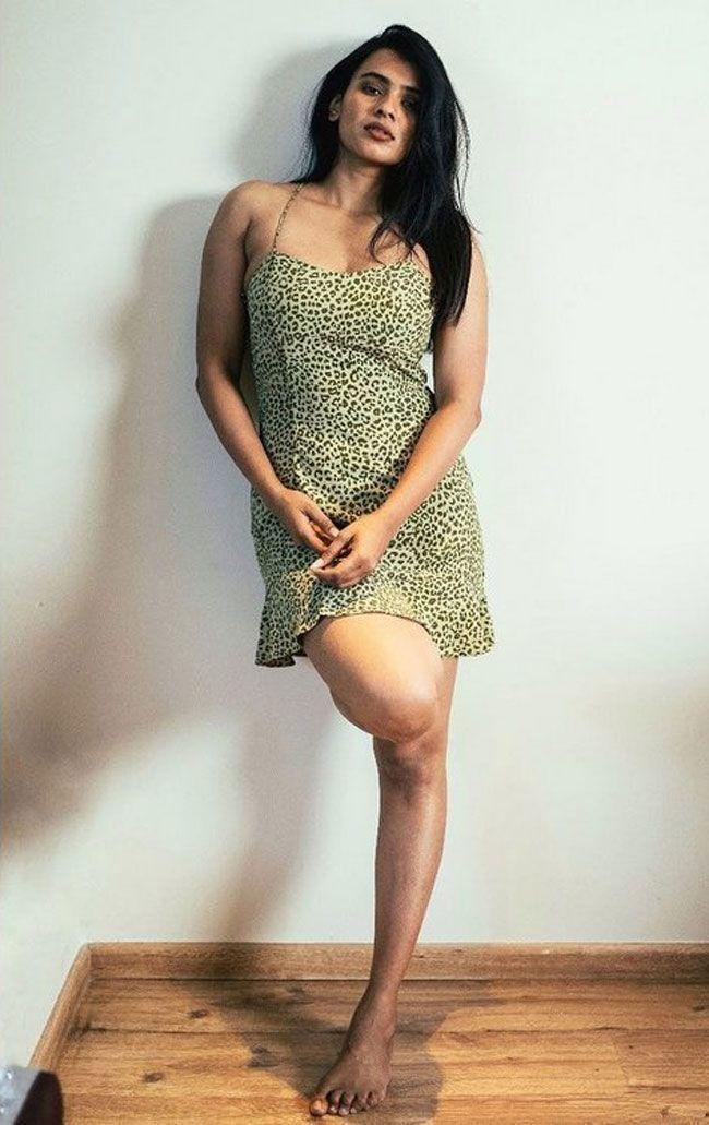 Hebah Patel Latest Gallery Images