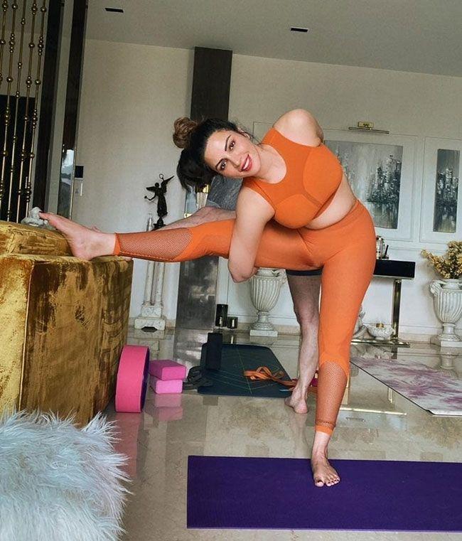 Shama Sikander doing Yoga on Yoga Day