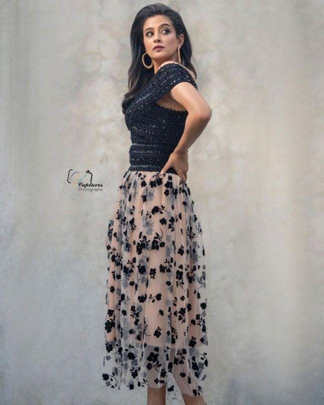 Priya Mani Latest Gallery