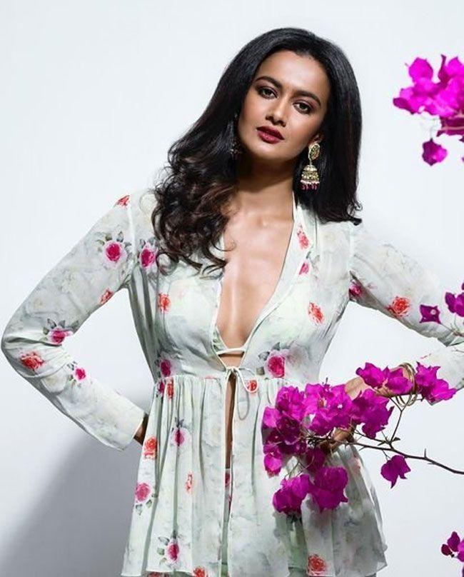 Shubra Aiyappa Trendy Clicks