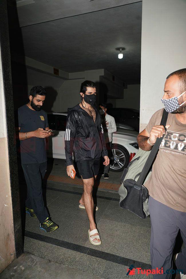 Vijay deverakonda Snapped After the Gym Session
