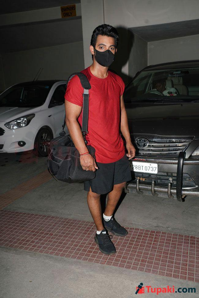 Aadi photos after gym completion