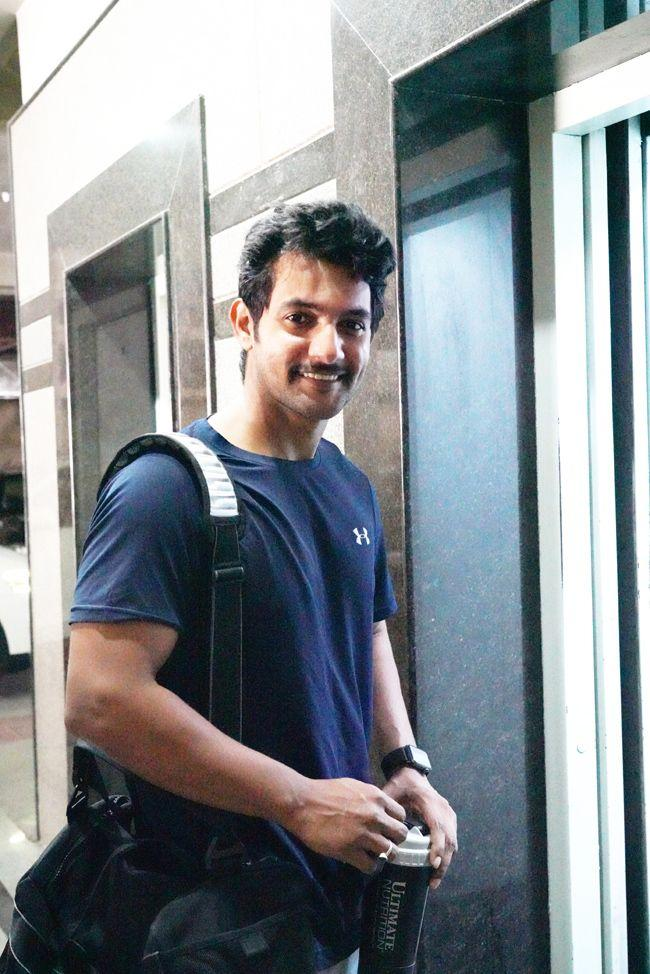 Aadhi Walking Into The Gym With A New Look