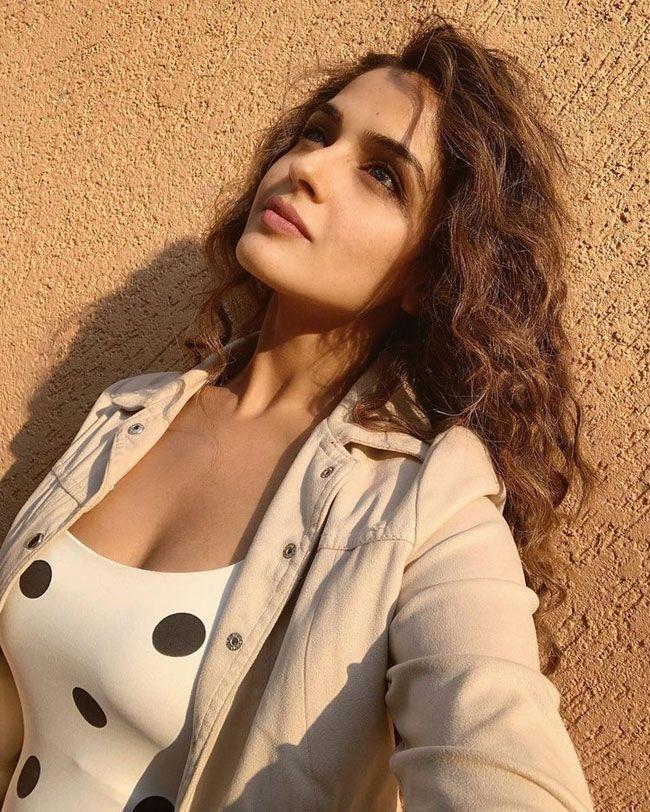 Asmita Sood Latest Images