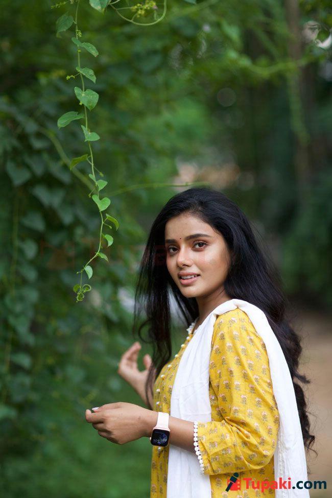 Sumaya Reddy HD Stills