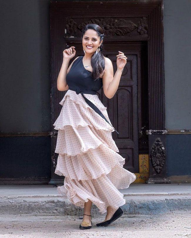 Anasuya Bharadwaj Steps Out In A Stylish Avatar