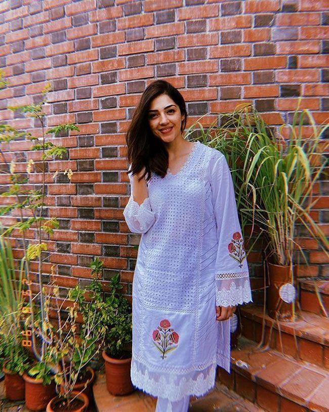 Mehreen Kaur New Pictures