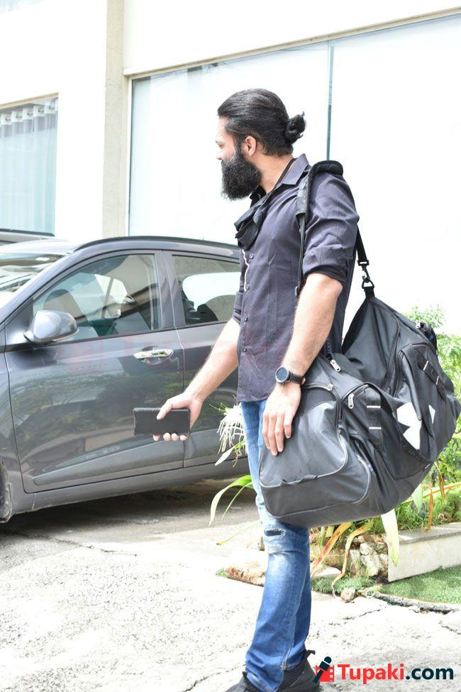 Navdeep And Vaishnav Tej Snapped After the Gym Session
