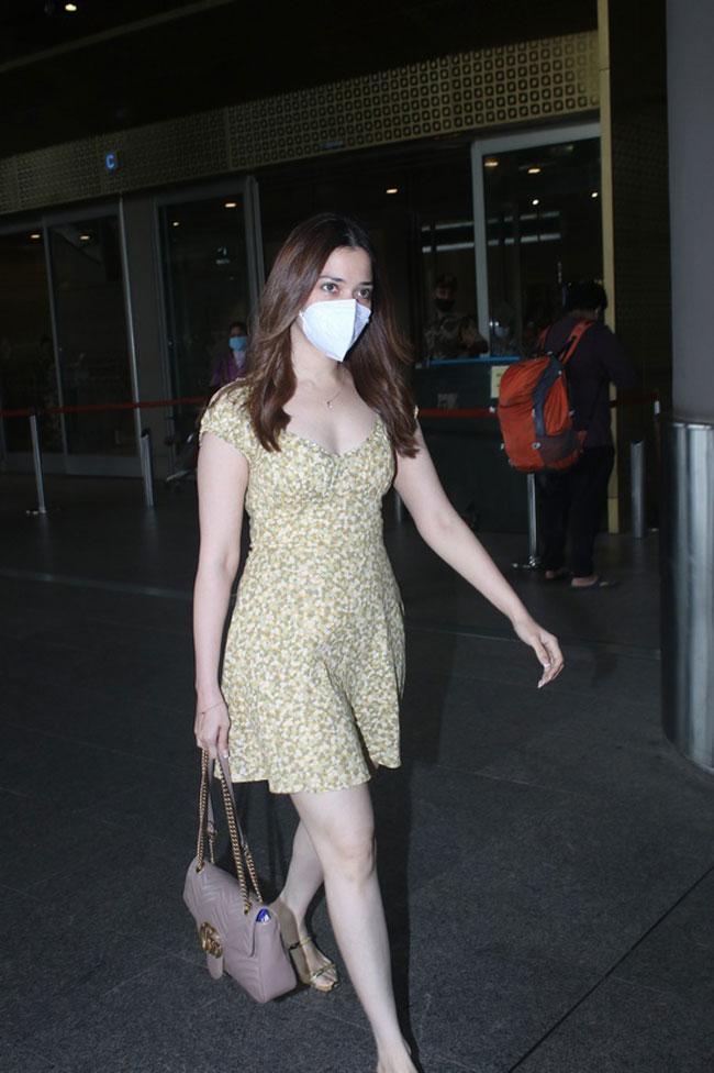 Tammanna Walks With Style In Mumbai