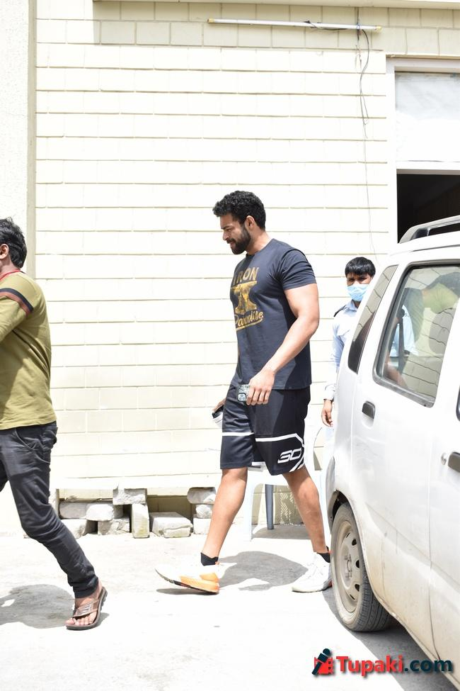 Actor Varun Teja Spotted at The Gym