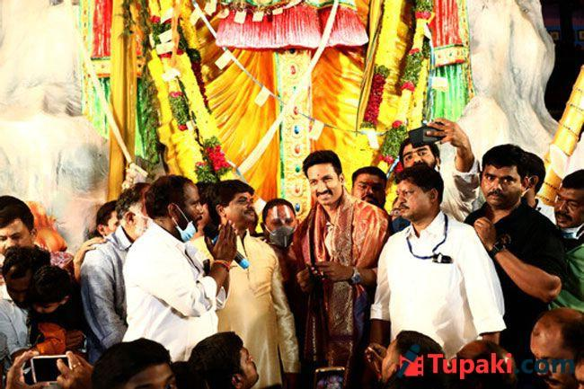 Seetimaarr Team visited Khairatabad Lord Ganesha Idol