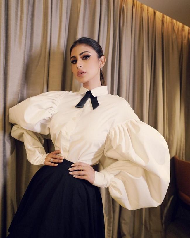 Mouni Roy Lures With Enchanting Clicks