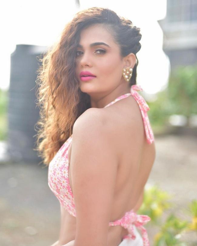 Anupma Agnihotri Is Cute Looks in New Photoshoot