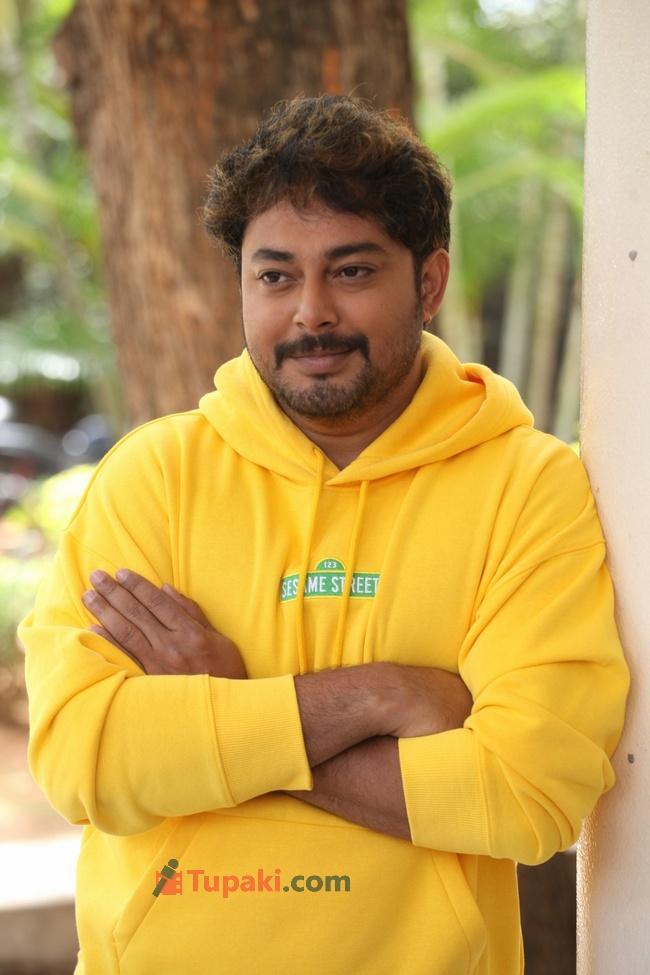 Hero Tanish at Maro Prasthanam Movie Trailer Launch