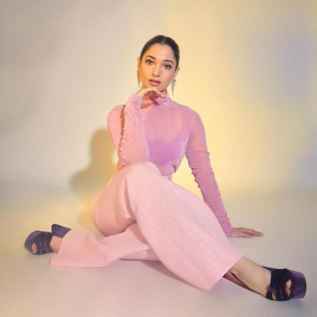 Tamannaah Bhatia is Awesome Looks in a Light Pink Dress