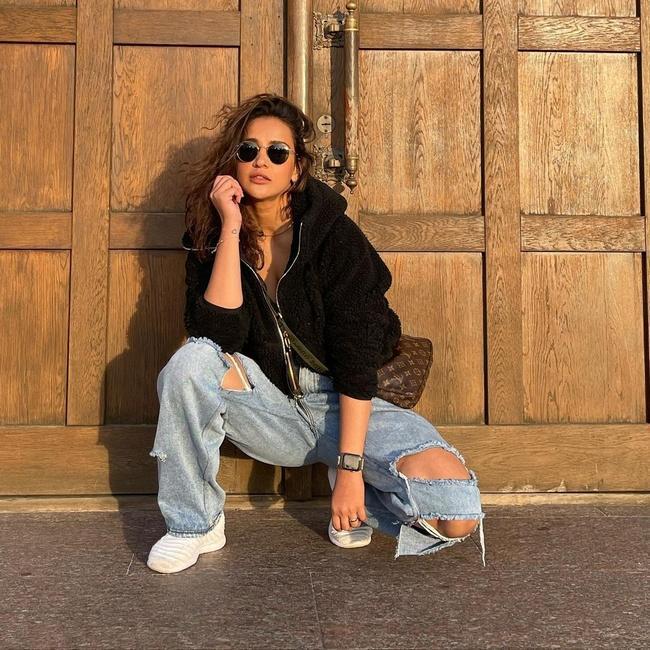 Aisha Latest Insta Photos