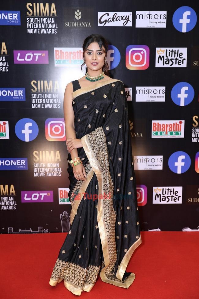 Priyanka Sharma at SIIMA Awards 2021 Awards Red Carpet