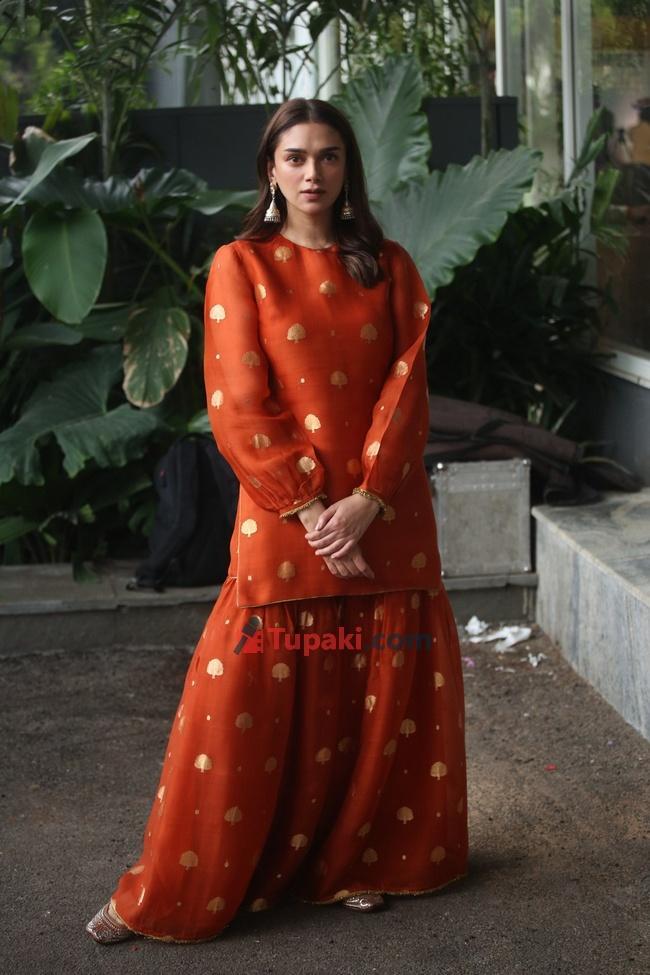 Aditi Rao Hydari at Mahasamudram movie pressmeet