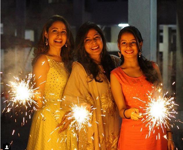 Celebs Diwali Celebrations Photos