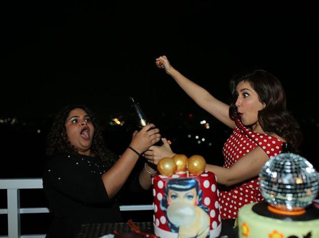 Rashi khanna Birthday pics