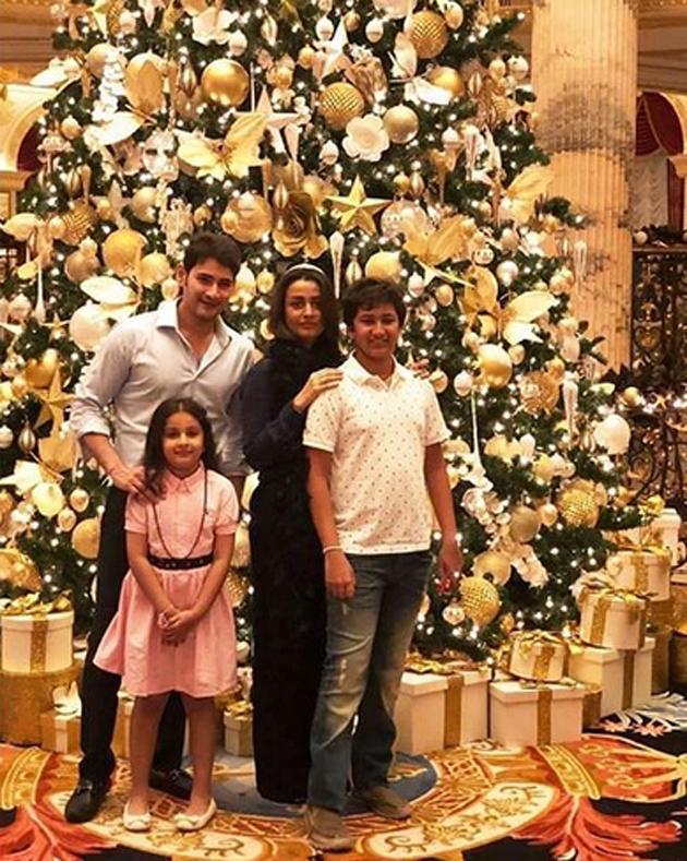 Mahesh Babu Enjoying Vacation With His Family Pics