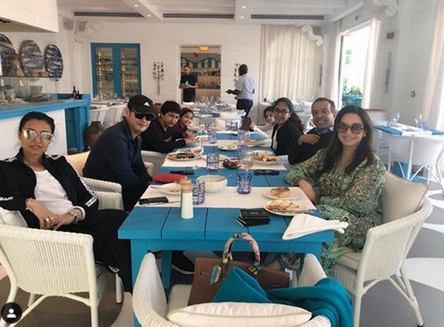 Mahesh babu Enjoying Vacation Photos