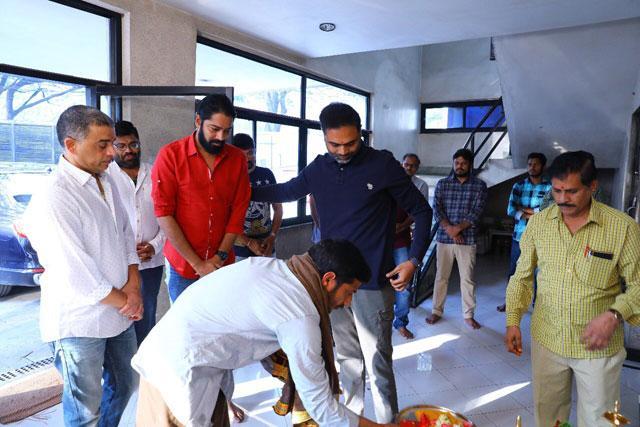 Maharshi Movie Dubbing Works Started