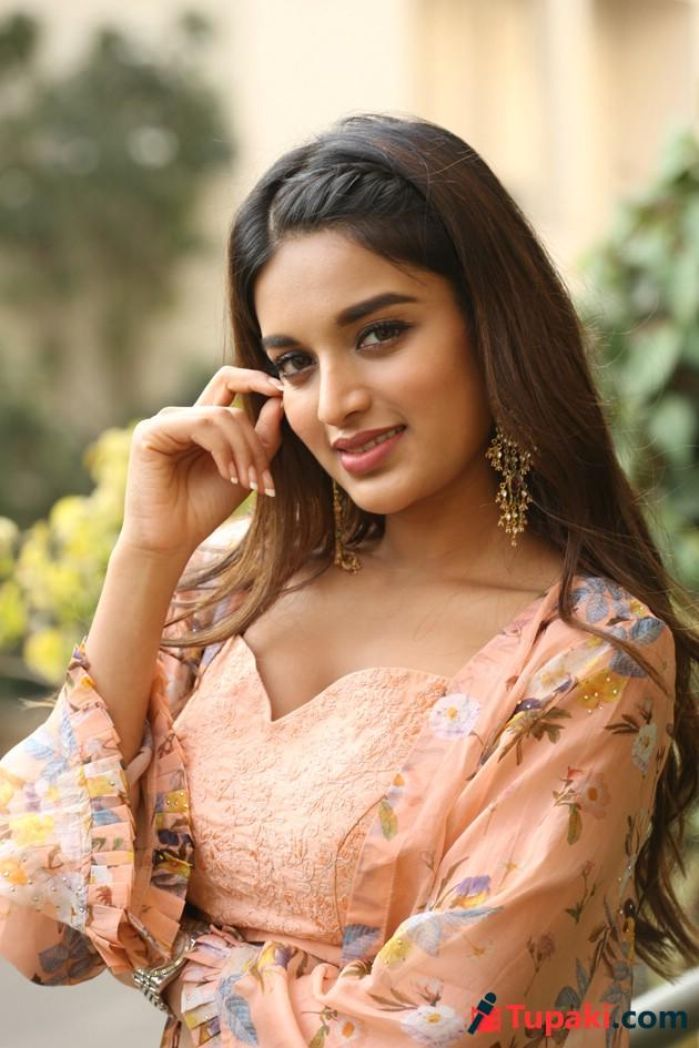 Niddhi Agerwal Latest Photos