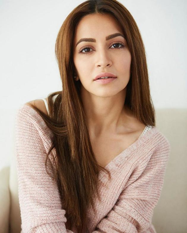 Kriti Kharbanda New Photo Shoot